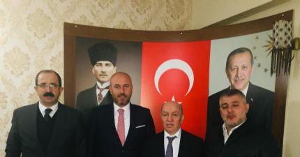 Borsamız Yönetim Kurulu Başkanı Sinan Çakır ve Yöneticilerimiz Tekkeköy Belediye Başkanı Sayın Hasan Togar'ı Ziyaret Ederek, Başarılar Dilediler.