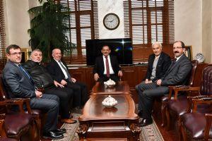 Samsun Ticaret Borsası Yönetim Kurulu Başkanı Sinan Çakır ve Yönetimimiz Samsun Büyükşehir Belediye Başkanı Sayın Mustafa Demir'e Hayırlı Olsun Ziyaretinde Bulundu.