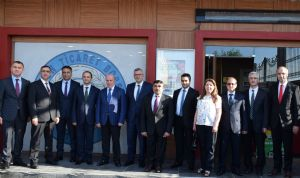 Gelir İdaresi Başkanlığı Başkan Yardımcısı Mustafa Çolak ve Samsun Vergi Dairesi Başkanı Zeki Yumbul Borsamızı Ziyaret Etti...
