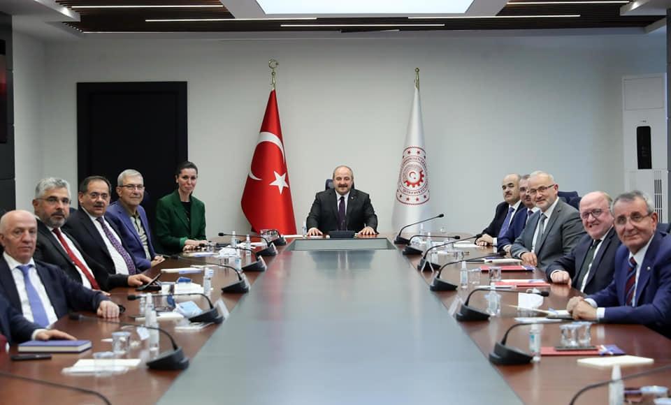 Samsun Heyeti Sanayi ve Teknoloji Bakanı Mustafa Varank'ı Ziyaret Etti...